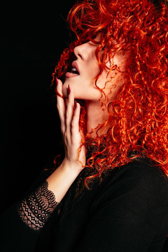 Kristina-2020-Orange-Wig-2064-EDIT.jpg
