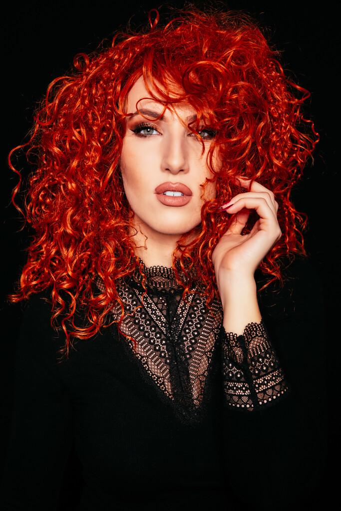 Kristina-2020-Orange-Wig-2052-EDIT.jpg